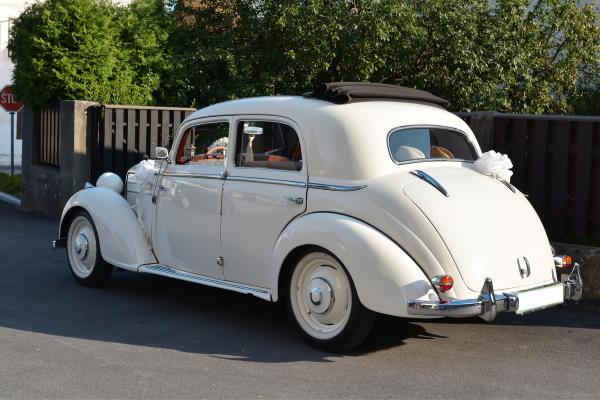 Wedding Cars Herfordshire
